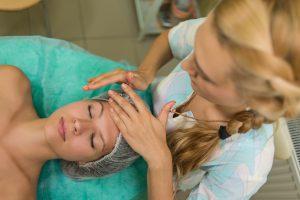 косметический массаж лица
