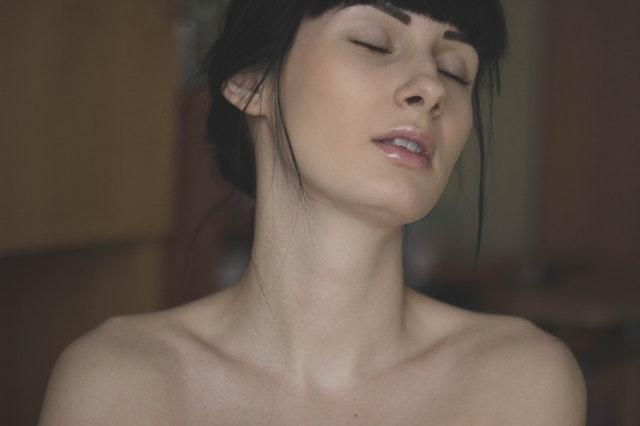 омоложение кожи шеи